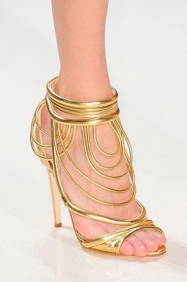 נעלי עקב סטילטו זהב